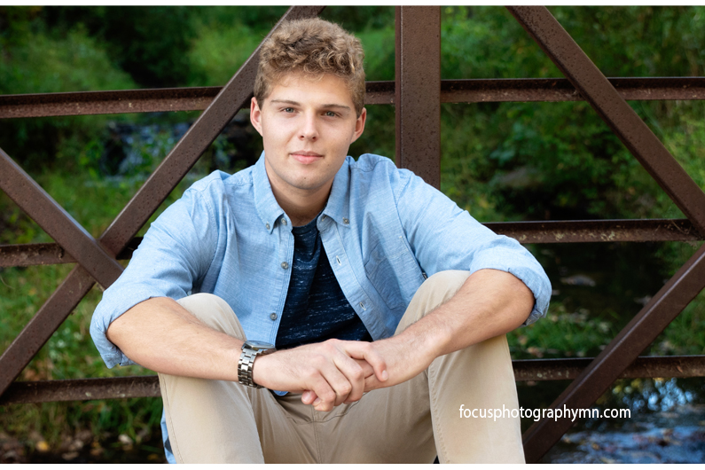 Affordable Senior Portraits | Focus Photography by Susan